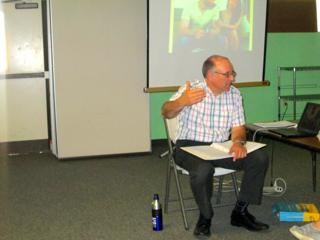 Michael Brown, MSC, LMFT, presenting at the Glendale Art & Science of Love Weekend Workshop for Couples.